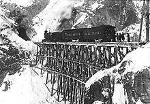 220px-Whitepass-train-1899-2